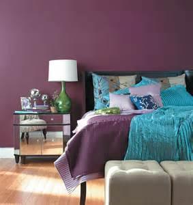 Simple purple bedroom design