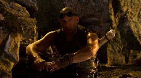Film Riddick Adalah | riddick 2013 review riddick is back to basics a