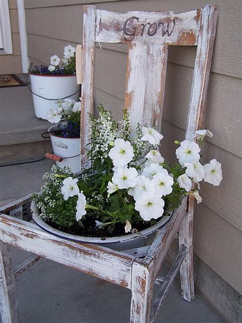 25 creative diy spring porch decorating ideas it s all 25 diy decorating ideas to quot spring quot up your front porch