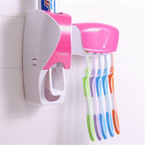 Pasta Gigi Nasa Kabupaten Sidoarjo Jawa Timur tempat penyimpanan sikat gigi dan odol automatic