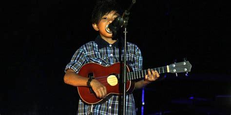 cara bermain gitar lagu aku suka dia chord gitar lirik lagu tegar aku yang dulu bukanlah