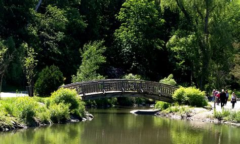 botanic garden toronto edwards gardens toronto botanical gardentoronto