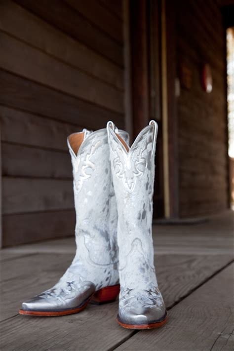 wedding cowboy boots it s all in the details 187 clink