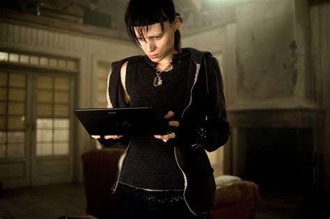 rooney mara dragon tattoo the with the tv spot 3 and 10 new