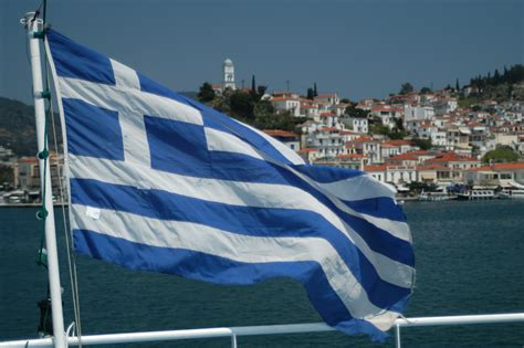 santorini yacht charter news and boating blog - Boating License Greece