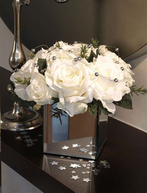 Roses and Silver Balls in Mirrored Vase   RTfact