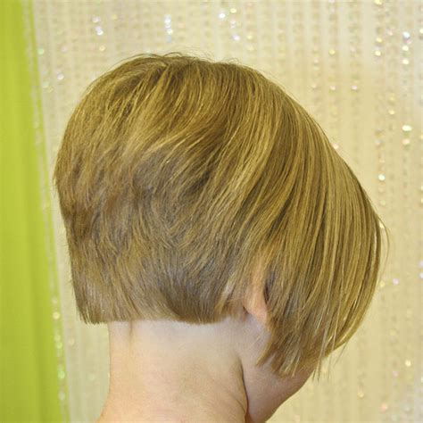 get stacked inverted bob bob haircuts stacked bob layered bob inverted bob