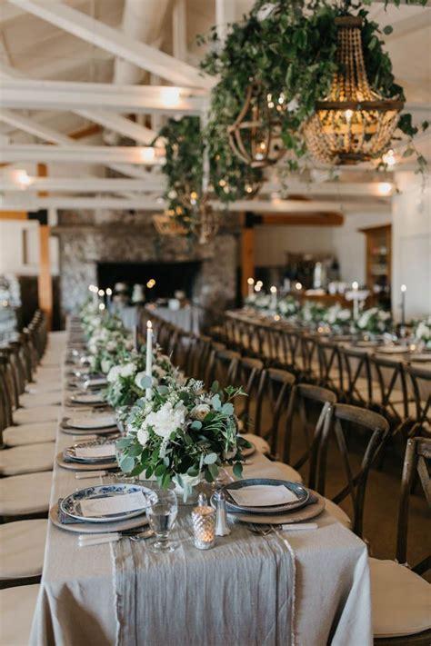 Best 25  Ivory wedding decor ideas on Pinterest   Simple