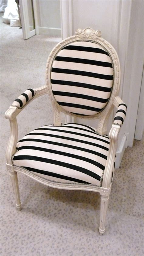 7 Quick Tips For Using Striped Furniture Striped Dining Chair