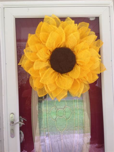How To Make Paper Mesh - pin by bwd on craft wreaths 薰 summer arrangements