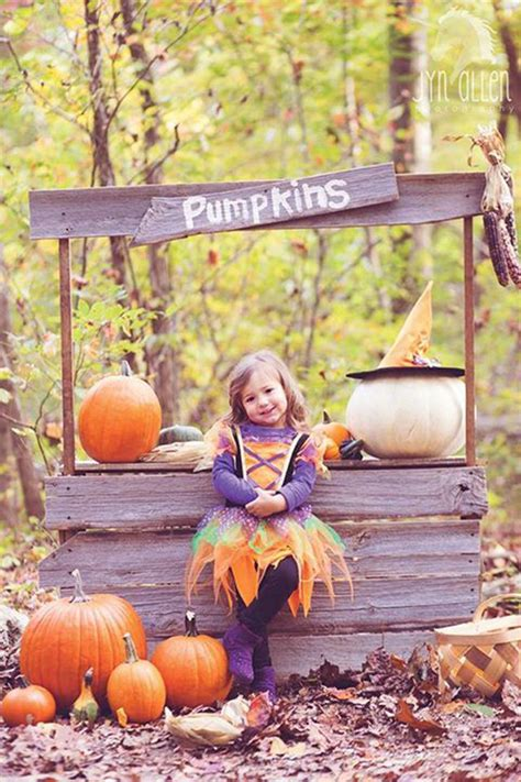 outdoor pumpkin stands  kids play homemydesign