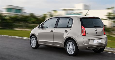 vw up i motion vale a pena