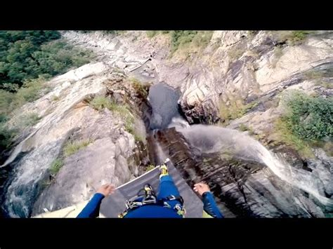 highest cliff dive new world record highest cliff diving jump laso
