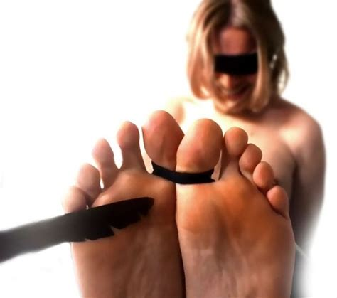 best tickling what is the best way to tickle someone quora