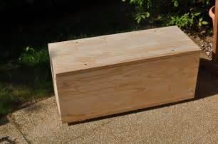 construire un coffre en bois bateau avion