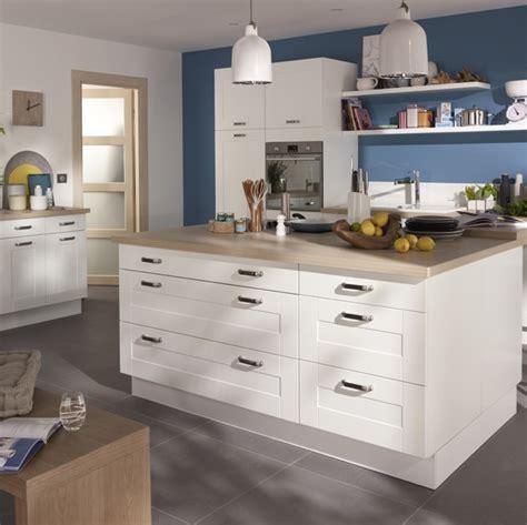 prix cuisine castorama cuisine kadral en bois blanc castorama prix 599