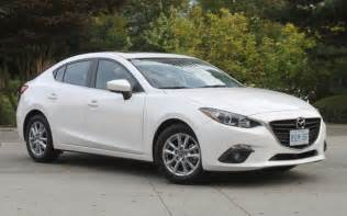 mazda 3 curb weight