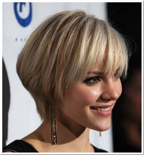 pictures of hair short hair cuts to make it seem thicker hairstyles for short hair to the women s fashionable style