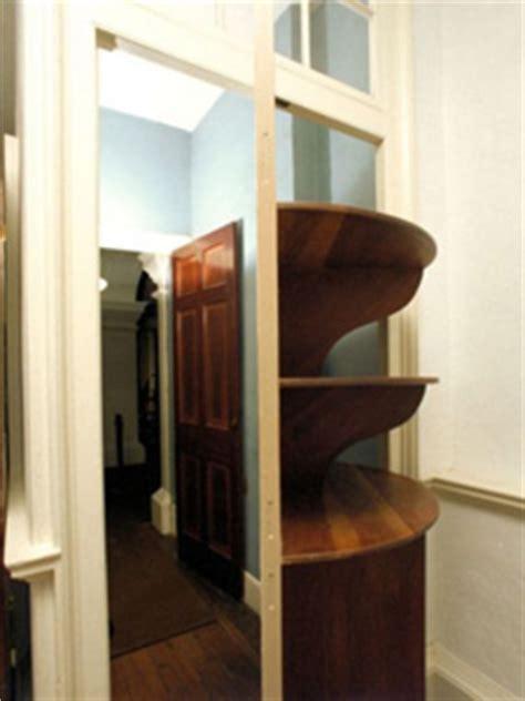 Revolving Serving Door   Thomas Jefferson's Monticello