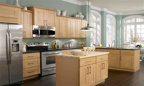 Kitchen With Light Cabinets Kitchen Cabinet Paint Colors Paint Colors With Light Wood Kitchen Cabinets Yellow Paint