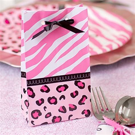 Pink Safari Baby Shower Theme by These Pink Safari Baby Shower Favor Bags Look