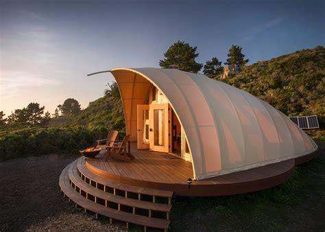 tent houses autonomous tent a luxurious off grid getaway set along