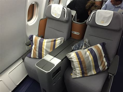 reviews on seats review lufthansa business class washington dulles to
