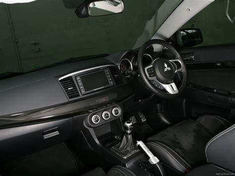 Evo X Custom Interior by Mitsubishi Lancer Evolution X Fq 400 2010 Picture 35
