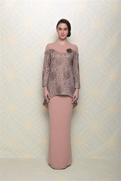 fesyen baju jovian kolaborasi lisa surihani jovian mandagie sewing