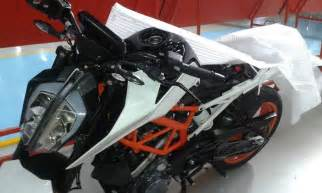 New Ktm Duke 390 Production Version Of 2017 Ktm Duke 390 Spied In India