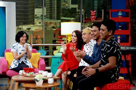 lagu ost film raditya dika geisha til di sarah sechan net tv