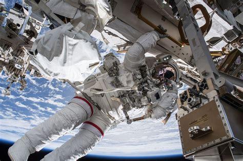 live iss nasa spacewalk live astronauts walk outside