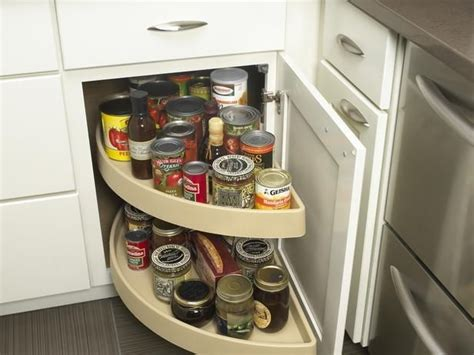 Blind Kitchen Cabinet Organizer Blind Corner Cabinet Organizer Isnt Hat To Me