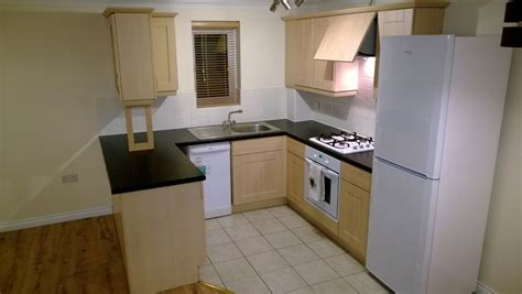 2 bedroom flats to rent in rainham essex 2 bed flat to rent capstan drive rainham rm13 9jg