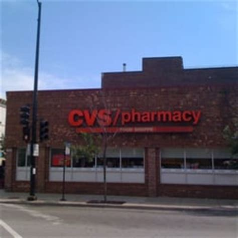 cvs lincoln ave chicago cvs pharmacy 14 reviews drugstores 401 w armitage