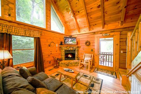 Pigeon Forge Cabin All Knotty 1 Bedroom Sleeps 4 | pigeon forge cabin all knotty 1 bedroom sleeps 4