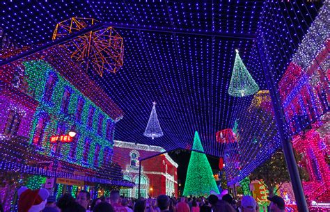 lights in orlando 2017 guide to disney events for 2017