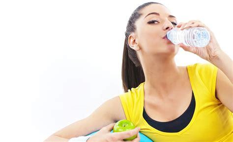acqua rubinetto in gravidanza gravidanza e idratazione quale acqua bere