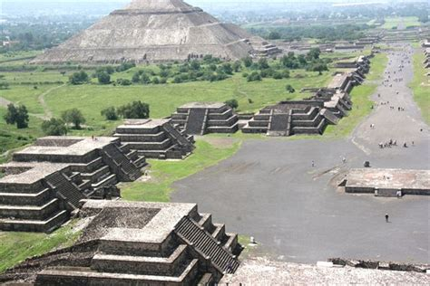imagenes piramides aztecas world visits teotihuacan mexico famous for it s avenue