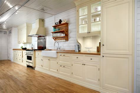 traditional kitchen lighting ideas 22 awesome traditional kitchen lighting ideas