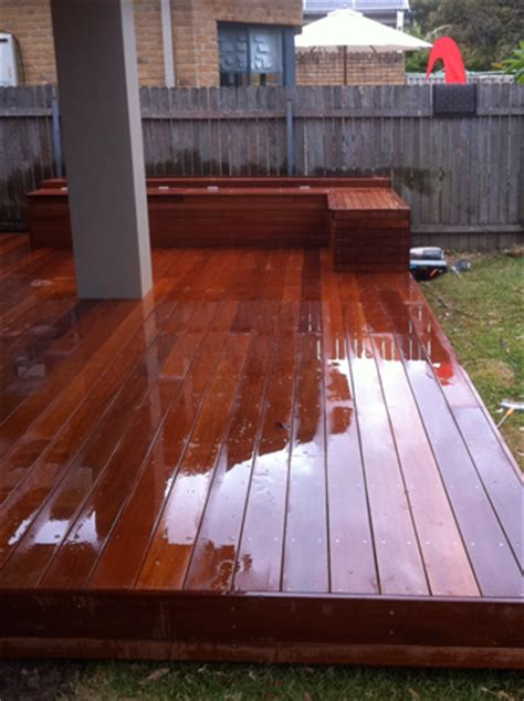 bench greenhills landscaping gates planter box day bed water feature photos life outdoors decking
