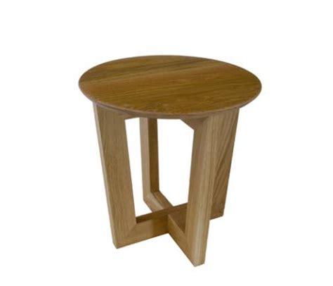 solid american oak side or coffee table 450mm radius