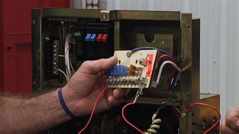 understanding  fuse components   rv distribution panel