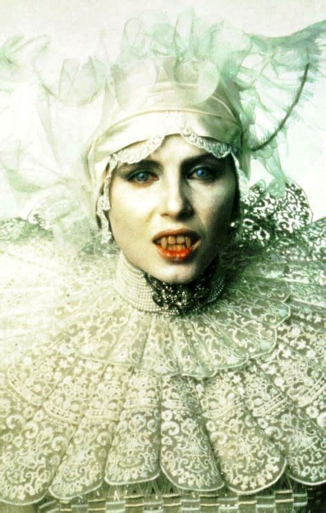 film semi dracula lace collar costume ideas pinterest choker gary