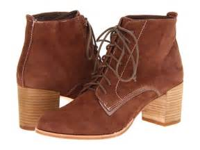 7 dolce vita light brown suede hal lace up ankle boots 8