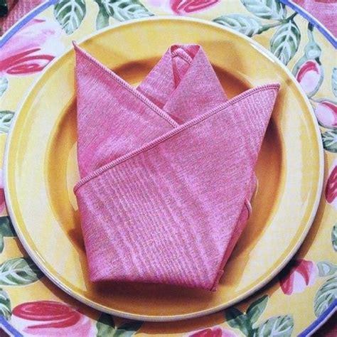 Pliage Serviette Tissu by Comment R 233 Aliser Un Pliage De Serviette Id 233 Es Originales