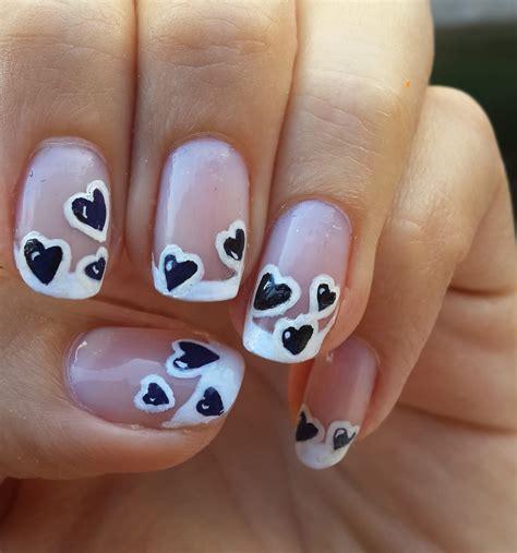 imagenes de uñas pintadas a pinceladas dise 241 o de u 241 as con corazones negros black hearts nail