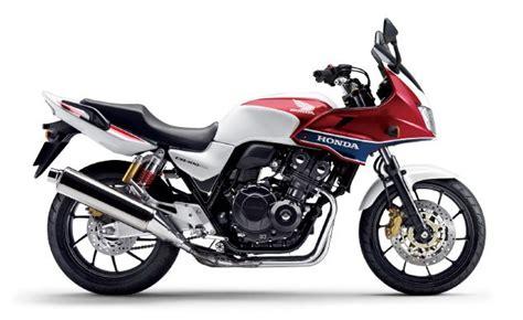 honda motorcycles japan honda recalls 29 232 motorcycles in japan motorcycle