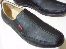Sepatu Bowie sepatu kickers