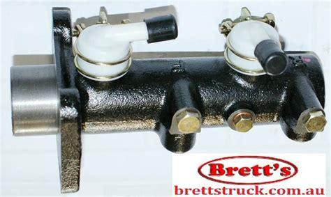 mitsubishi canter brake master cylinder 11561 024 brake master cylinder assy m c mitsubishi heavy